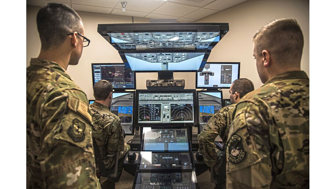 344th ARS train in KC-46 simulators