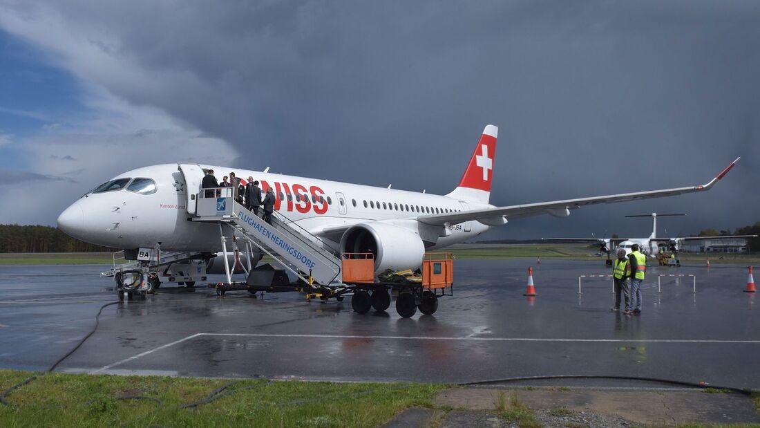 A220 der Swiss in Usedom - erster Flug von Zürich.