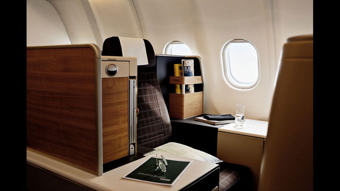 A340-300 der Swiss mit neuern Kabinenausstattung - Business Class