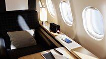 A340-300 der Swiss mit neuern Kabinenausstattung - First Class