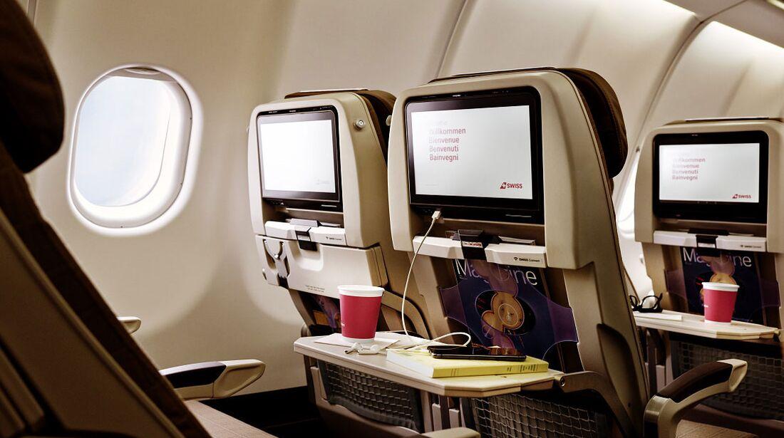 A340-300 der Swiss mit neuern Kabinenausstattung - economy Class
