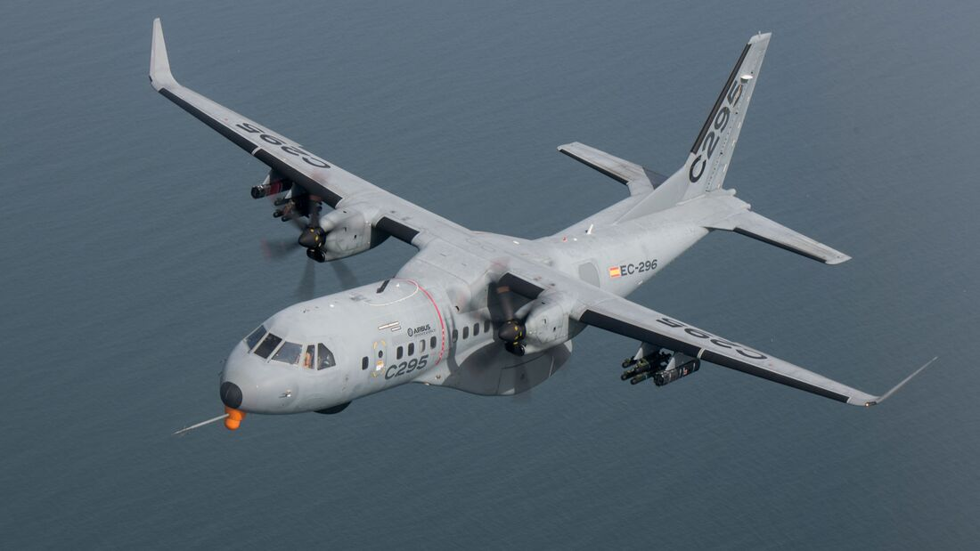 Airbus arbeitet an einer bewaffneten Versin des C295-Transporters und hat erste Testflüge mit Außenlasten durchgeführt.