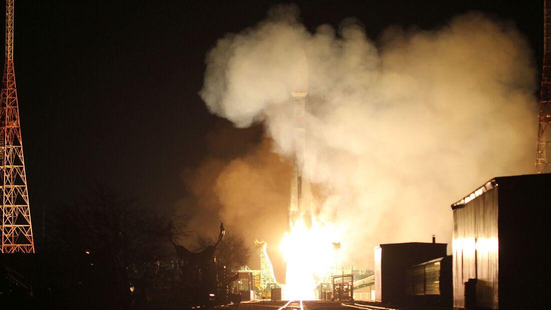 Am 21. März 2020 bringt eine Sojus-Rakete weitere 34 OneWeb-Satelliten für die globale Internetkonstellation ins All.