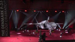 Am 7. April wurde die erste F-35A für Dänemark bei einer Feier in Fort Worth offiziell präsentiert.