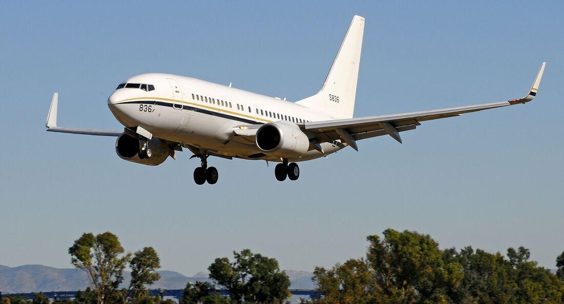 Boeing C-40A bi der Staffel VR-57.