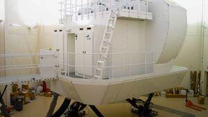 CAE baut einen Simulator für die deutsch-französische C-130J-Einheit in Evreux.