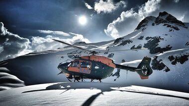 Das Transporthubschrauberregiment 30 übte mit seinen neuen H145 LUH SAR in den Alpen.
