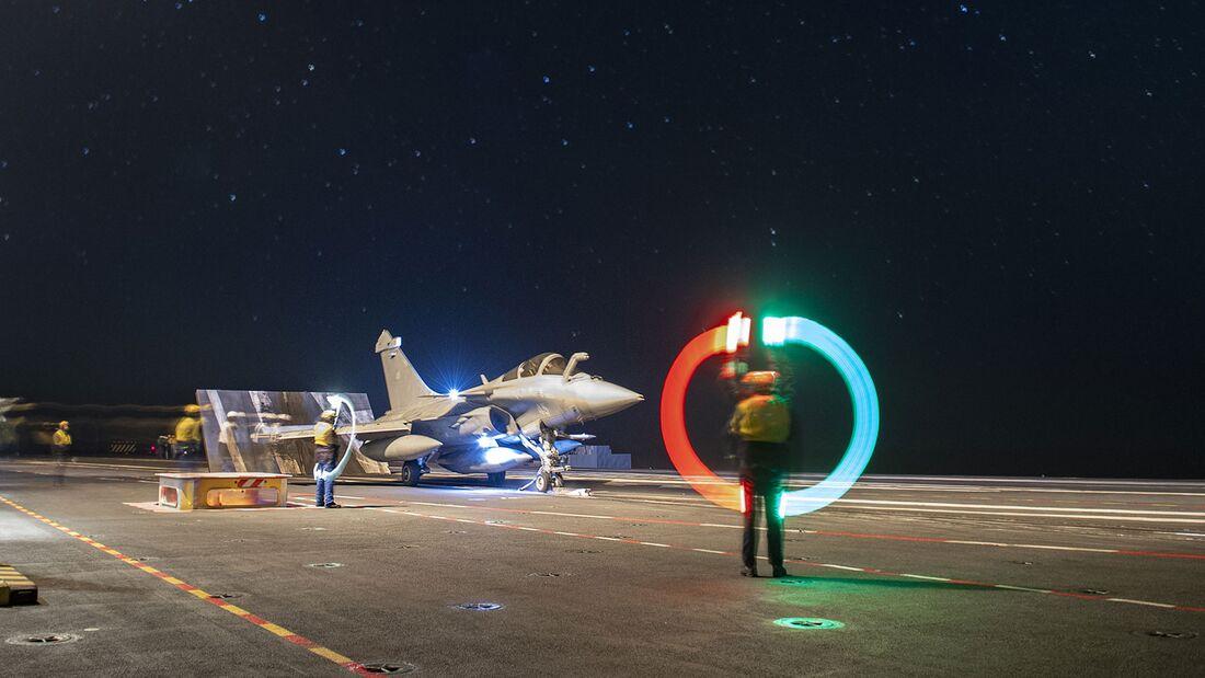 """Dassault Rafale M auf dem Flugzeugträger """"Charles de Gaulle""""."""