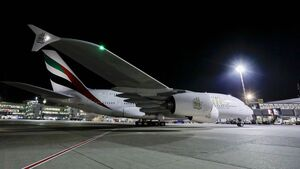 Die A380 von Emirates flog erstmals seit langem wieder nach Düsseldorf.