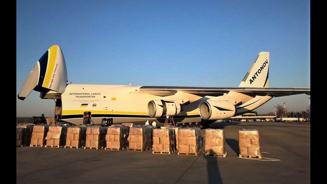 Die An-124 fliegen im Rahmen des SALIS-Programms der NATO.