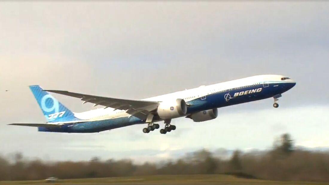 Die Boeing 777-9 startete am 25. Januar um 10:09 Uhr Ortszeit in Everett zum Erstflug.