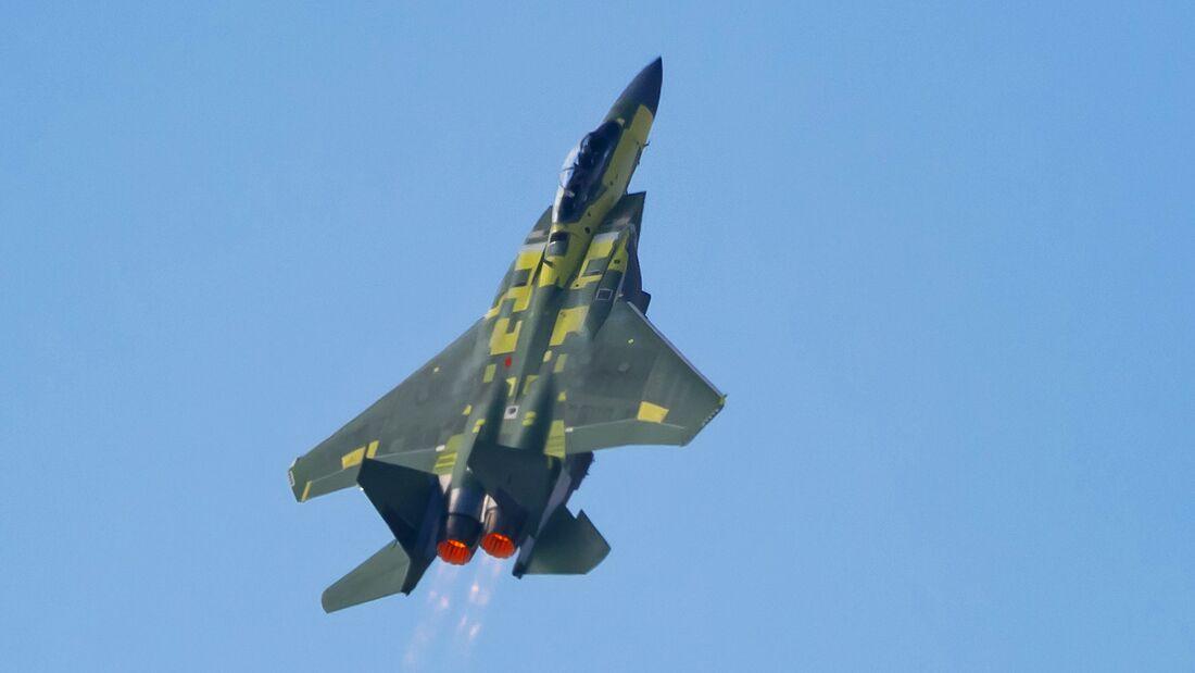 Die Boeing F-15EX startete am 2. Februar 2021 in St. Louis zu ihrem Erstflug.