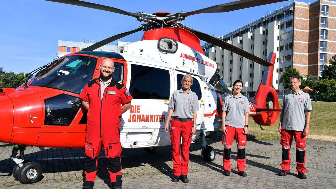 Die Johanniter Luftrettung hat für Intensivtransporte einen AS 365 N3 am Klinikum in Rostock stationiert.