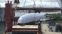 Die Lockheed L-1649 Super Star der Lufthansa kommt zerlegt nach Bremen
