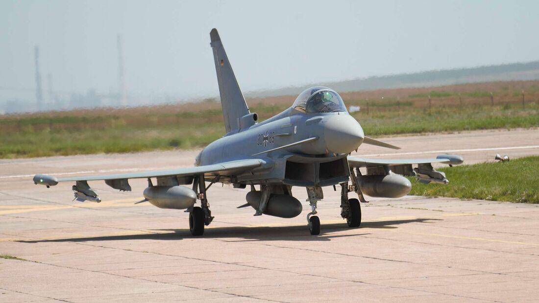 Die Luftwaffe unterstützt die RAF in Rumänien.