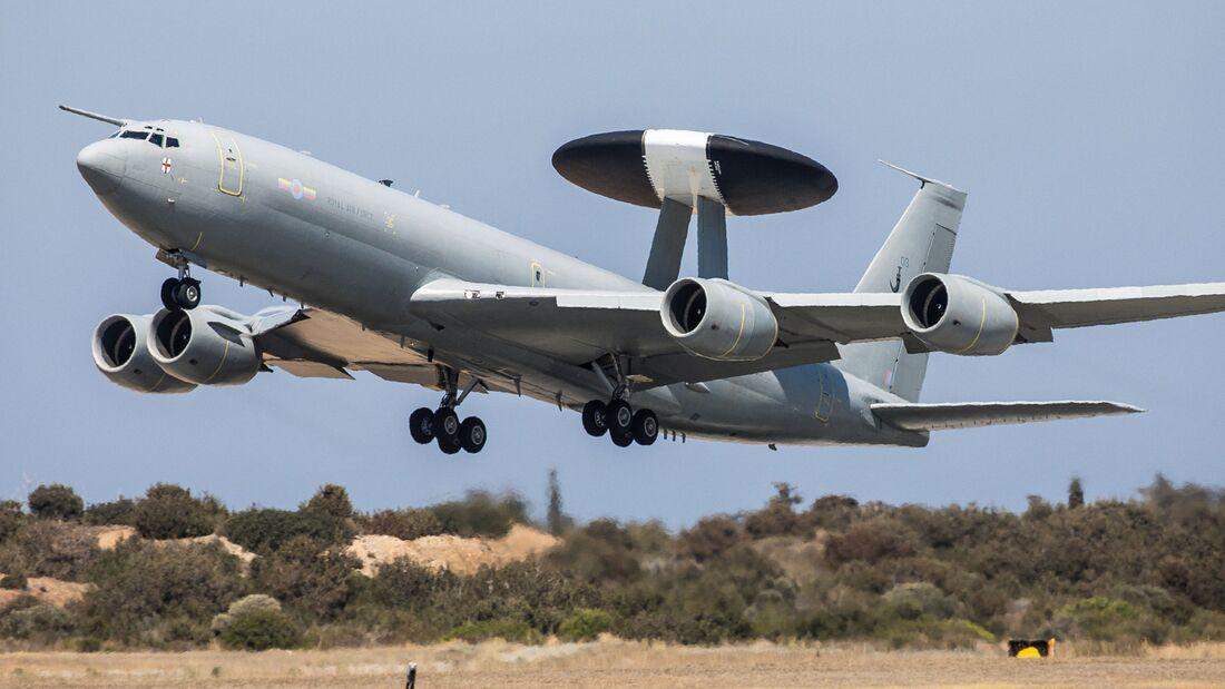 Die Royal Air Force mustert ihre Boeing E-3D Sentry aus.