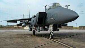 Die USAF hat getestet, wie eine Boeing F-15E fünf JASSM tragen kann.