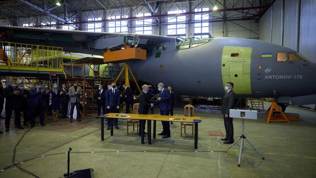 Die Ukraine hat einen Vertrag über drei An-178 für die Streitkräfte unterzeichnet.