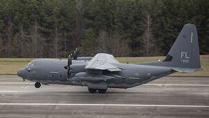 Die erste Lockheed Martin HC-130J für das USAF Reserve Command geht an die 39th Rescue Squadron auf der Patrick Air Force Base, Florida.
