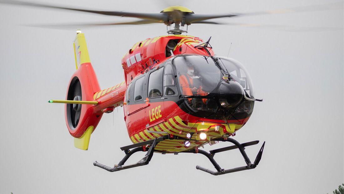 Die erste von Airbus Helicopters ausgelieferte H145 mit Fünfblattrotor geht an die Norwegische Luftambulanz.