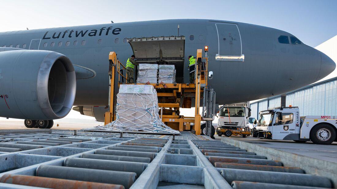 Ein A310 MRTT der Flugbereitschaft startete am 26. März 2021 um 10:30 Uhr mit Beatmungsgeräten nach Manaus.