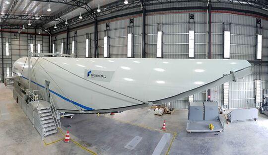 Ein A400M CPTT (Cargo Hold Part Task Trainer) wurde von Rheinmetall an die Königlich Malayische Luftwaffe geliefert.