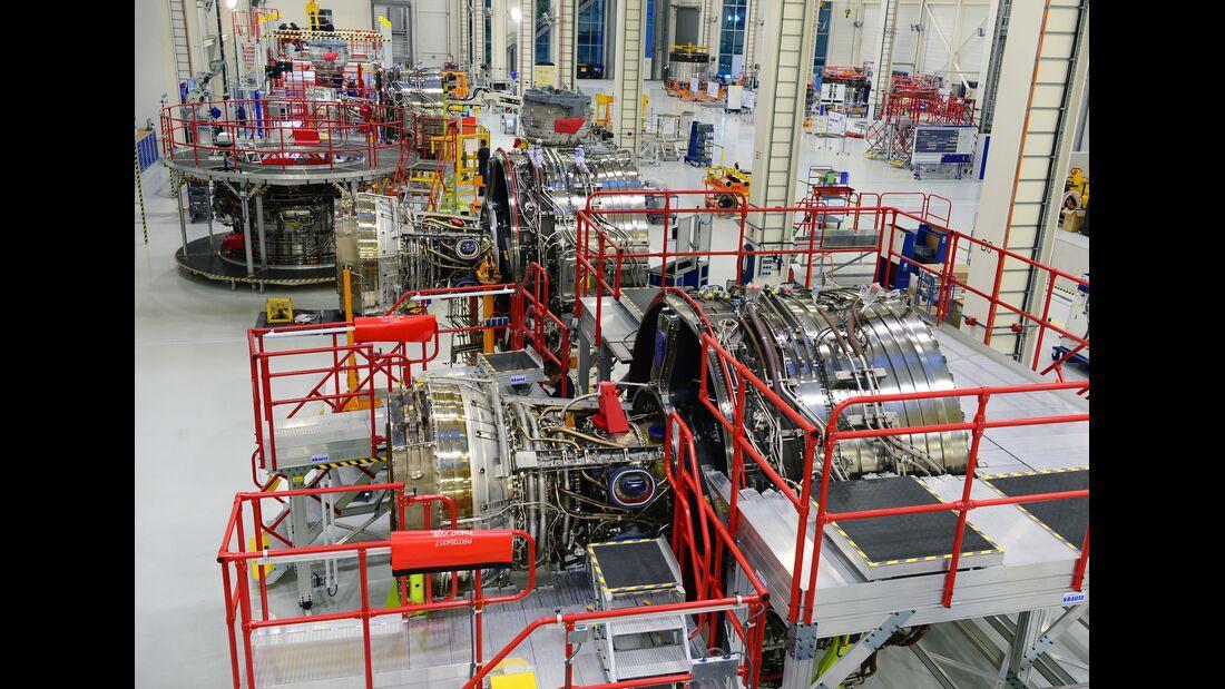 Endomntage des Rolls-Royce Trent XWB-84 in Dahlewitz