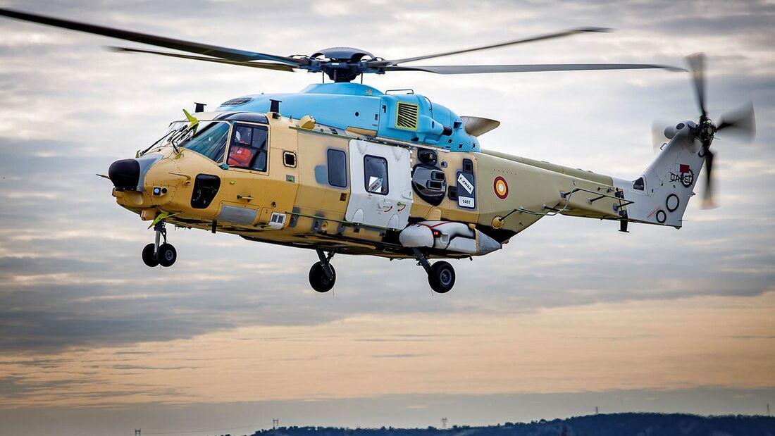 Erster NH90 TTH für Katar bei Flugtests in Marignane.