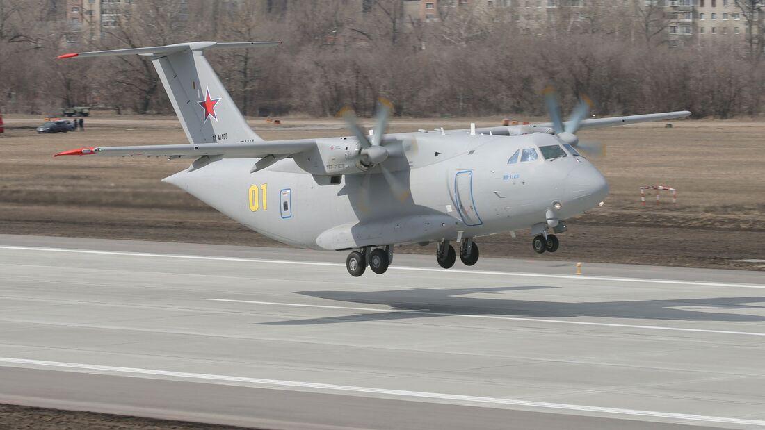 Erster Prototyp der Iljuschin Il-112W.