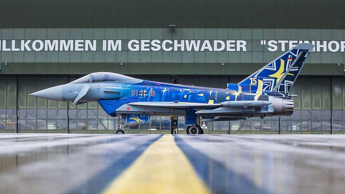 Eurofighter des Taktischen Luftwaffengeschwaders 73 mit Sondermotiv auf der Zelle.