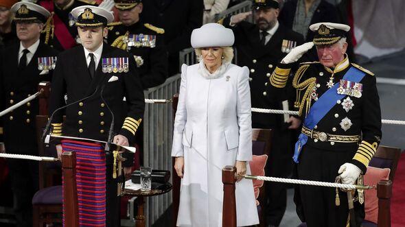"""Indienstellung des Flugzeugträgers HMS """"Prince of Wales"""" am 10. Dezember 2019 mit Camilla und Charles."""