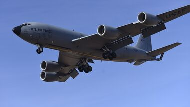 KC-135 Stratotanker practices landings