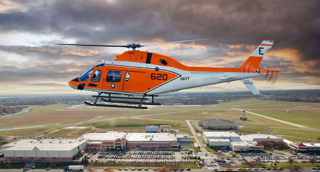 Leonardo übergab im Juni 2021 die erste TH-73A als Schulhubschrauber an die US Navy.