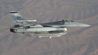 Lockheed Martin F-16 der US Air Force, stationiert auf der Nellis AFB.