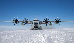 Lockheed Martin LC-130J der New York Air National Guard in Grönland.