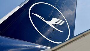 Lufthansa-Logo auf 747-Heck.