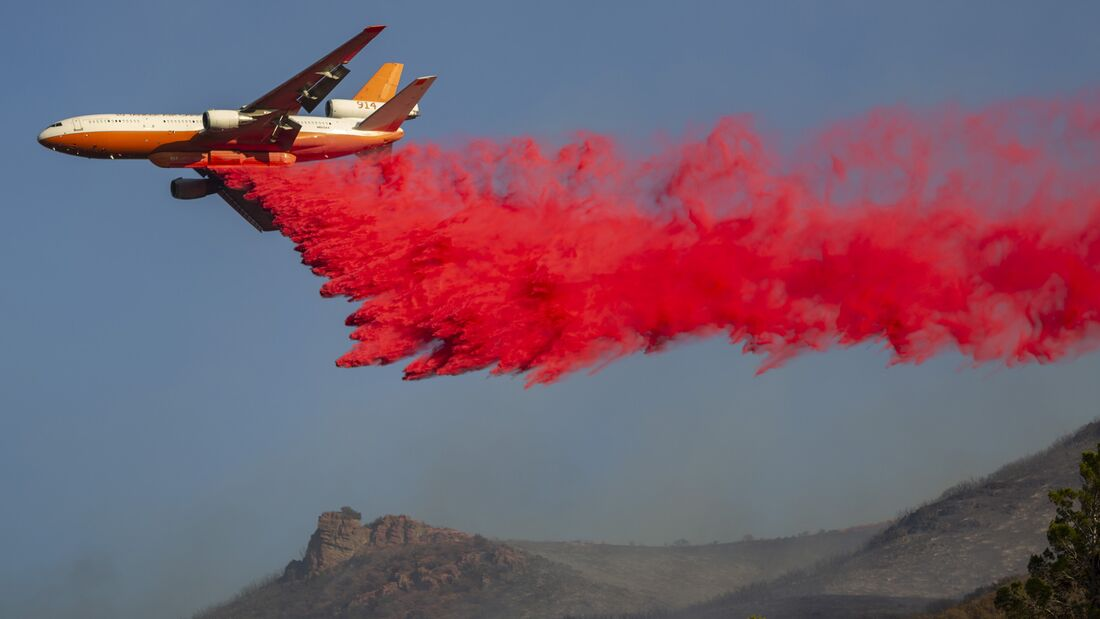 Martindale Fire Burns Over 200 Acres North Of Los Angeles