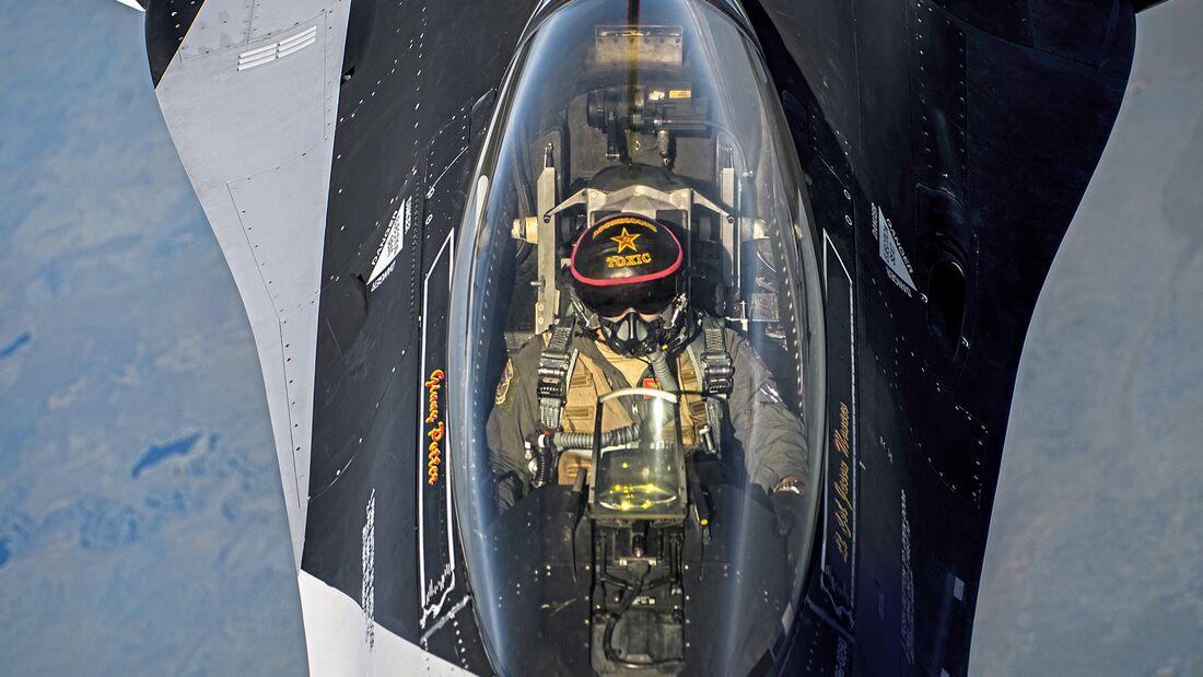 Red Flag-Alaska 19-2 KC-135 Aerial Refuels 18th AGRS F-16s