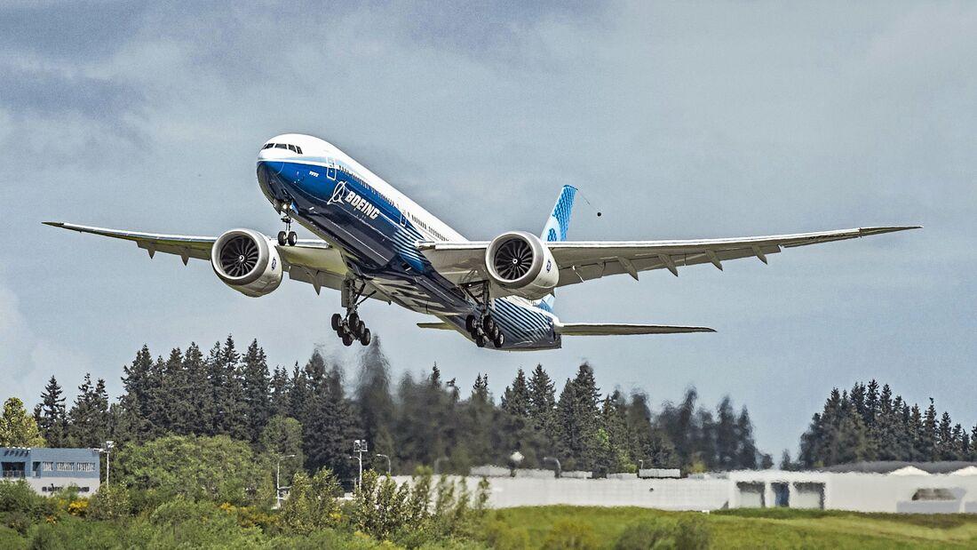 Second Boeing 777X Take Flight-Photo 1