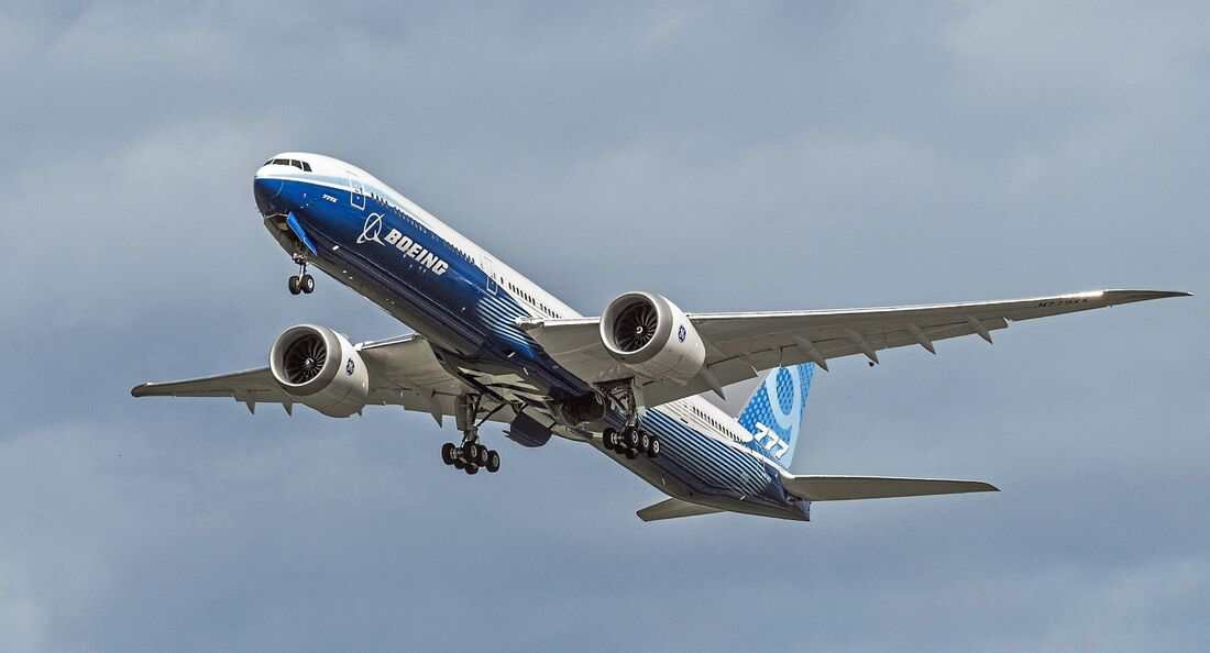 Second Boeing 777X Take Flight-Photo 2