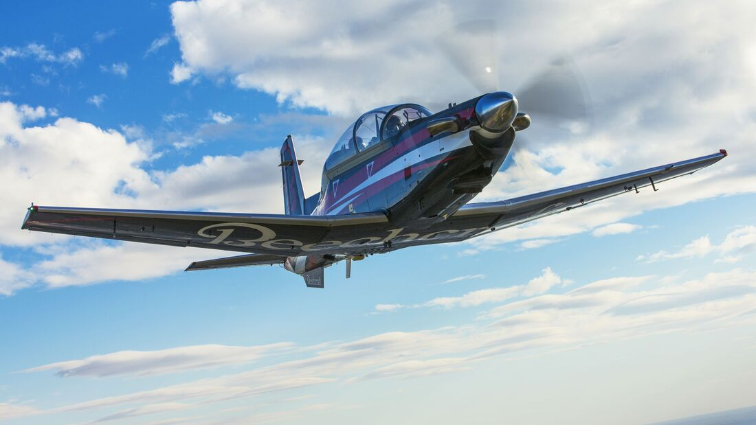 Textron Aviation T-6C Texan II Trainer.