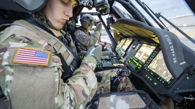 UH-60V sind umgebaute Sikorsky UH-60A/L mit Bildschirmcockpit und anderen Avionik-Upgrades.