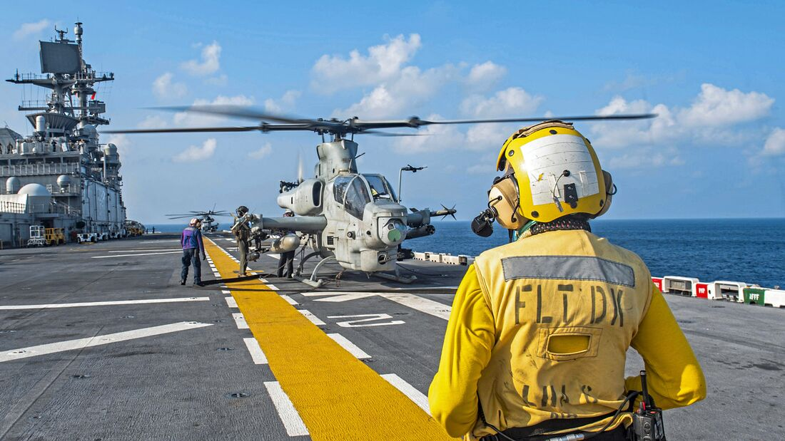USS America (LHA 6) And 31st Marine Expeditionary Unit Conduct VBSS Exercise