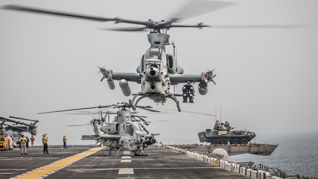 Viper Ops during Strait Transit through the Strait of Hormuz