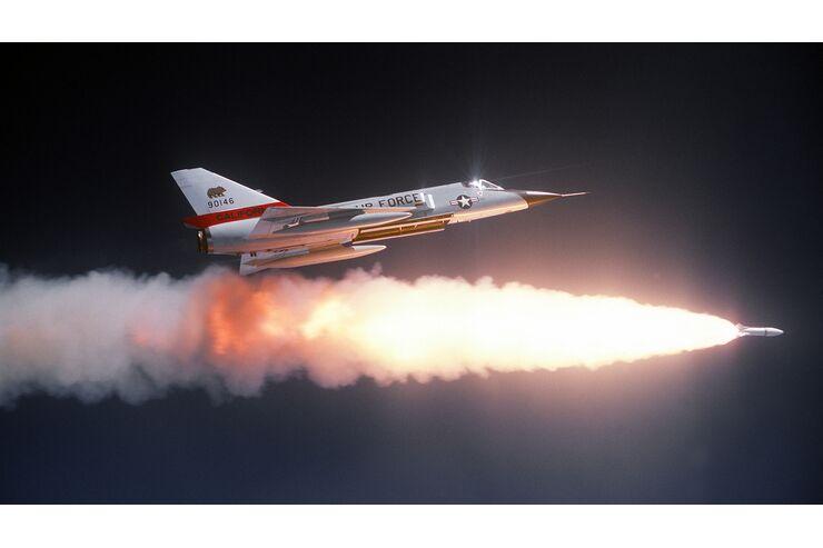 Convair F-106 Delta Dart: Der Cadillac der Lüfte